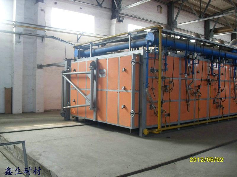 梭式窑的结构形式近似于台车式加热炉